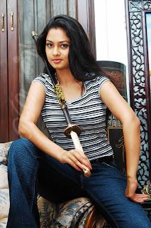 sl jeans Pooja Umashankar