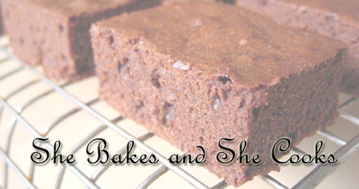 she bakes & she cooks