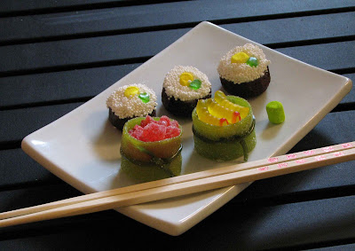 sushi+5 sushi cupcakes