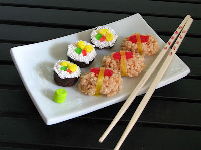 sushi+2 sushi cupcakes