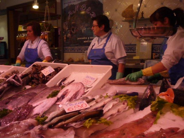 Enjoying paris and istanbul off the beaten path san for La fish market