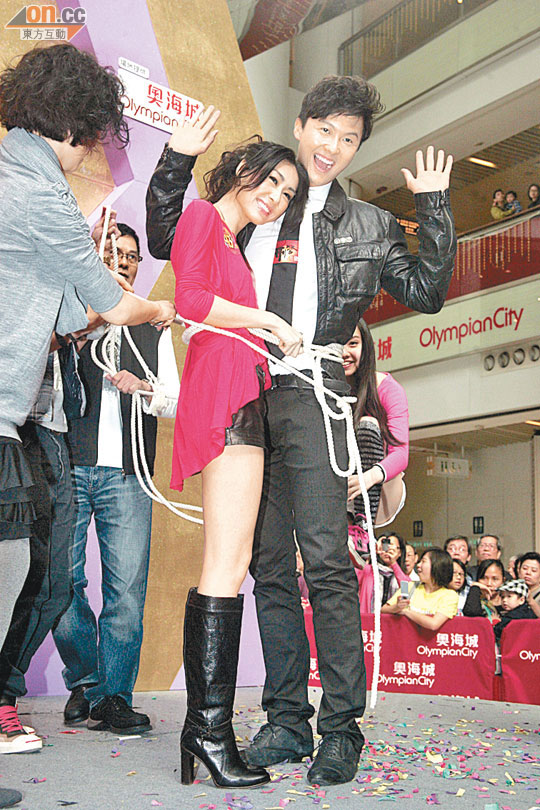 "VINCENT WONG gives Nancy Wu his ""first kiss"" ~ HOT NEWS ASIAN"