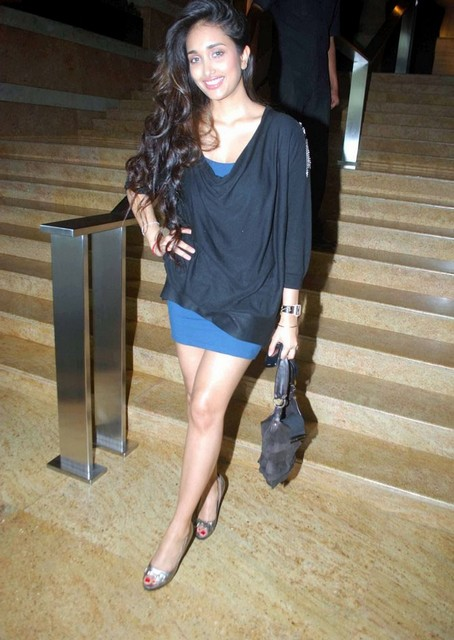 Jiah Khan in Sexy Dress Showing her Legs Photoshoot images