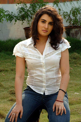 Archana Spicy Photos