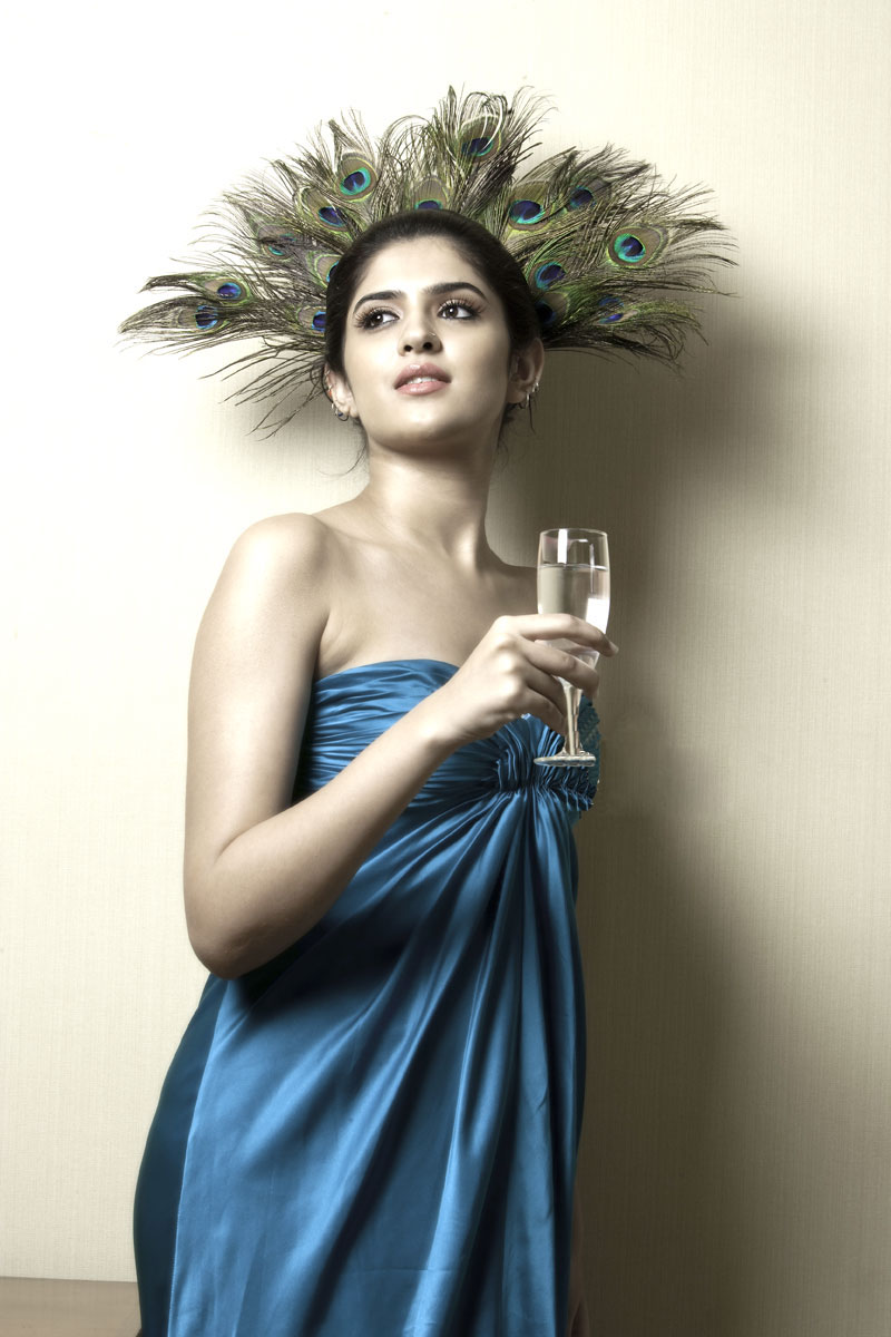 Deeksha Seth Spicy hot pics
