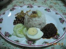 nasi lemak bungkus...rm1.00