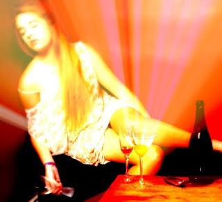 Anak Perempuan Lebih Cenderung Mencoba Alkohol