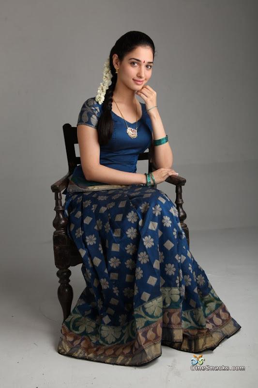 Tamanna in Vengai movie new photos cleavage