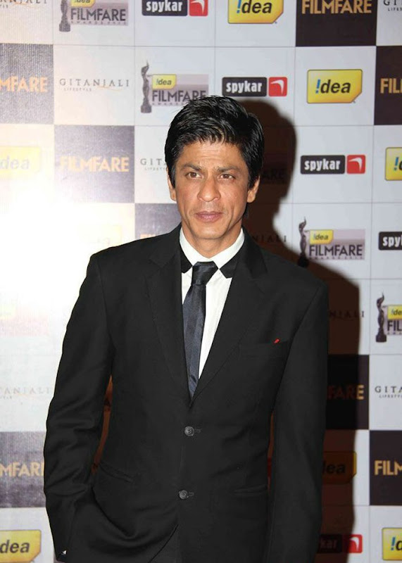 aiswariyasharukhmadhavan at th Filmfare Awards Nominations Gallery hot images