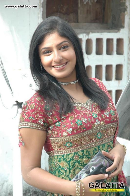 Monica at Muthukku Muthaga Audio Launch photos wallpapers