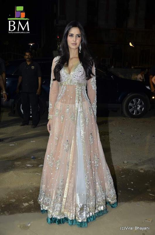 Katrina kaif at th FilmFare awards photos sexy stills