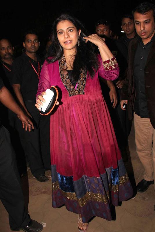 Kajol at th Idea Filmfare Awards photos Photoshoot images