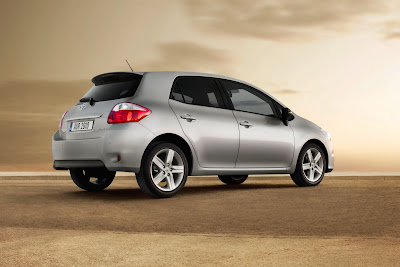 New concept Toyota Auris 2010: All The Details, Full-Hybrid   Version review