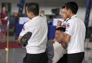 Brutalidade chinesa contra jornalistas, Pesadelo chinês