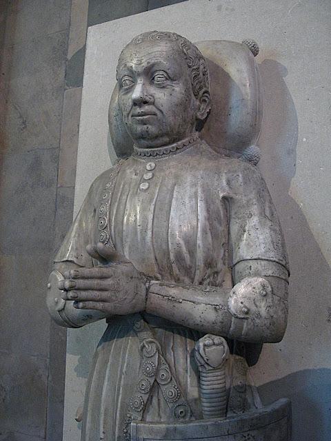 Jazigo de Bertrand du Guesclin, Abadia de Santi Denis, Paris