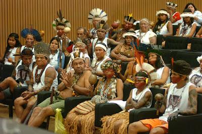 CAMARA DOS DEPUTADOS, Índios Pataxó fazem ato pela anulação dos títulos de propriedade dos fazendeiros de Caramuru-Paraguaçu, Bahia, 23-9-2008 ©José Cruz-ABr