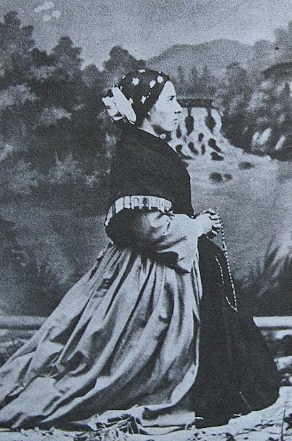 Santa Bernadette, foto após as aparições