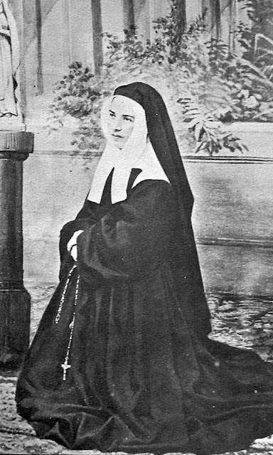 Santa Bernadette, religiosa