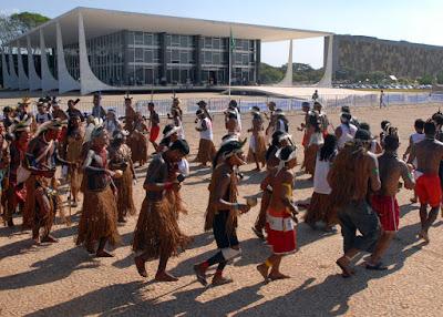 Indios frente ao STF pedem anular titulos de propriedade de fazendeiros de Caramuru-Paraguaçu, Bahia, ©Wilson Dias-ABr
