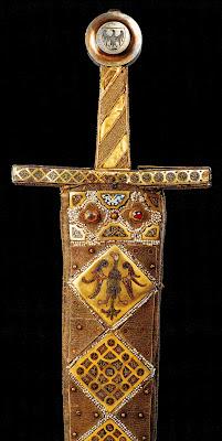 Espada da coroação dos imperadores do Sacro Império, Palácio imperial de Viena, Hofburg