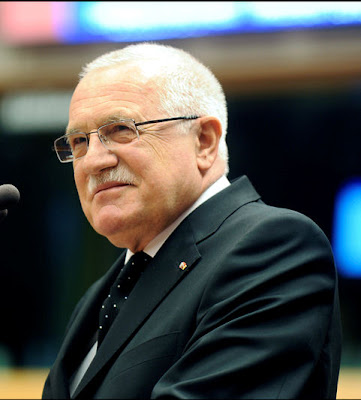 Vaclav Klaus compara Parlamento Europeo com a URSS