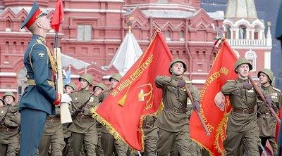 Putin tenta reconstruir o poderio da ex-URSS