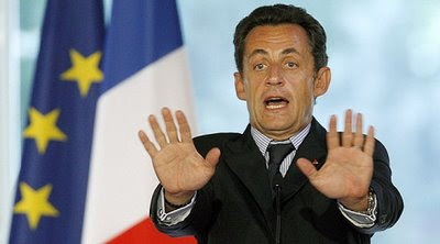 Sarkozy: a França não tem paz desde o regicídio de Luis XVI