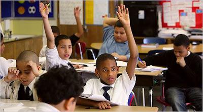 Aula de matemáticas na escola pública 140, Bronx, NY