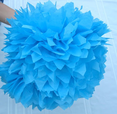 4 {DIY} Party Pom Poms