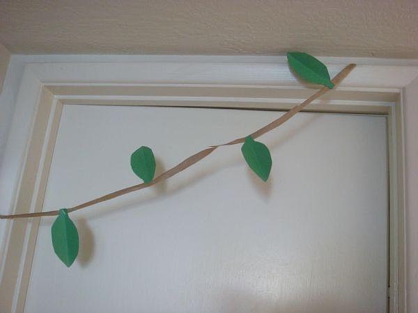 Kids jungle party ideas design dazzle for Vine craft ideas