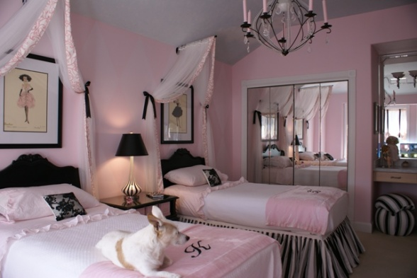 Pink black girls rooms design dazzle for Black and white vintage bedroom ideas