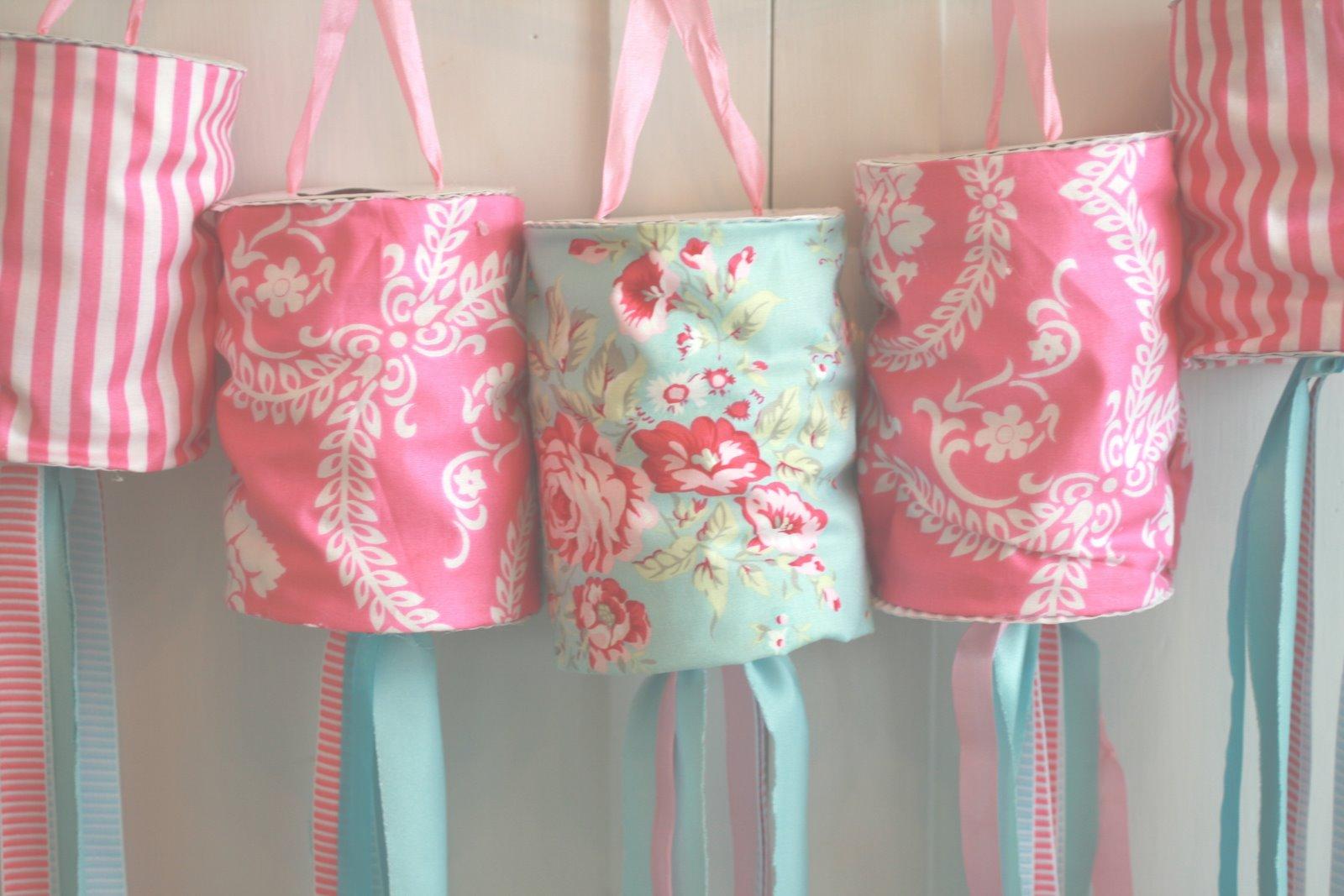 Yummy color combos aqua and pink design dazzle - Farolillos de papel ...