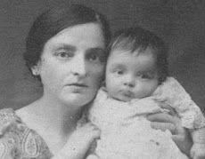 Jewish mother with child