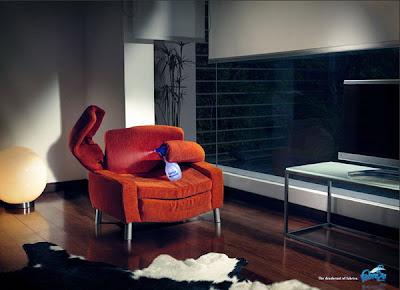 Domino03 Zekice Tasarlanmış Reklam Afişleri