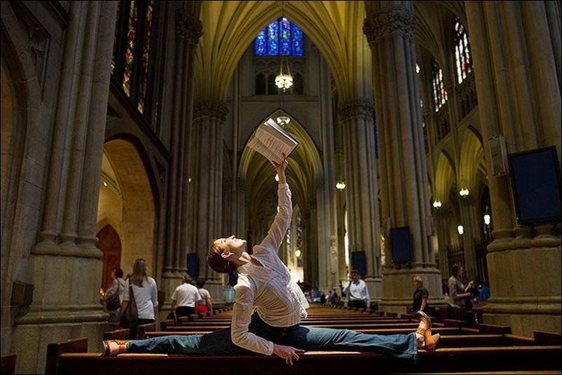http://1.bp.blogspot.com/_L1y4XexY16s/TGgI822PYHI/AAAAAAAAZZg/FIG4IAetSfo/s1600/dancers-among-us-27.jpg