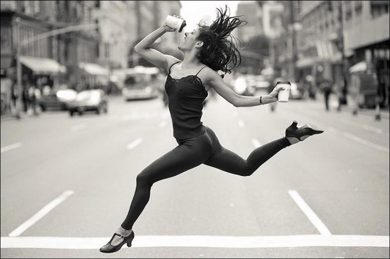 http://1.bp.blogspot.com/_L1y4XexY16s/TGgKpfWlnHI/AAAAAAAAZcI/yDgfWWL279s/s1600/dancers-among-us-06.jpg