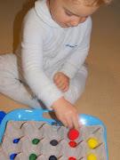 Bambino Academy BasicsEggsellent Egg TraysRecognising Colours