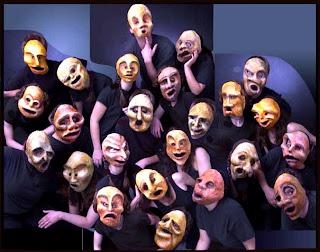 Historia do Teatro brasileiro: Máscaras: as relíquias do