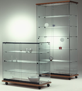 V i t r i n a s midigrup incorpora a su gama de vitrinas - Vitrina para colecciones ...