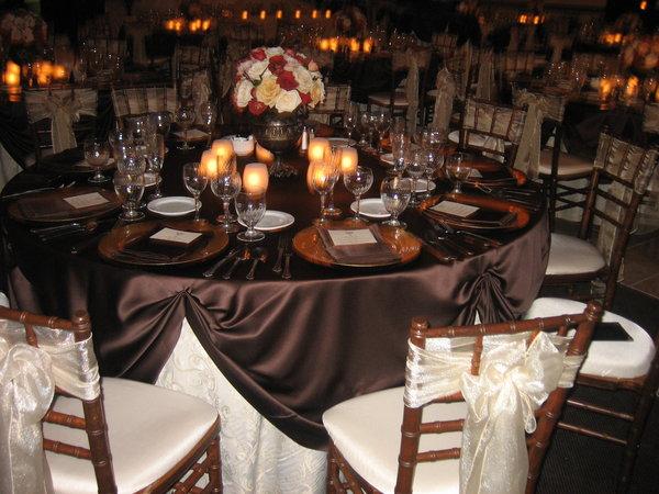 فخامة البني brown+white+table+2.