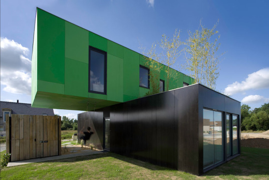 Interior Design Crossbox: Beautiful Modular Container Home in ...