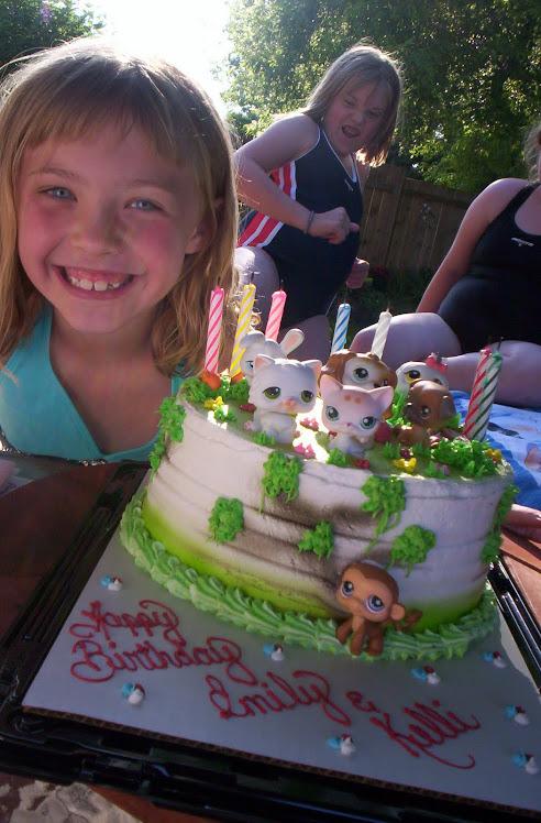 Pet Shop cake!