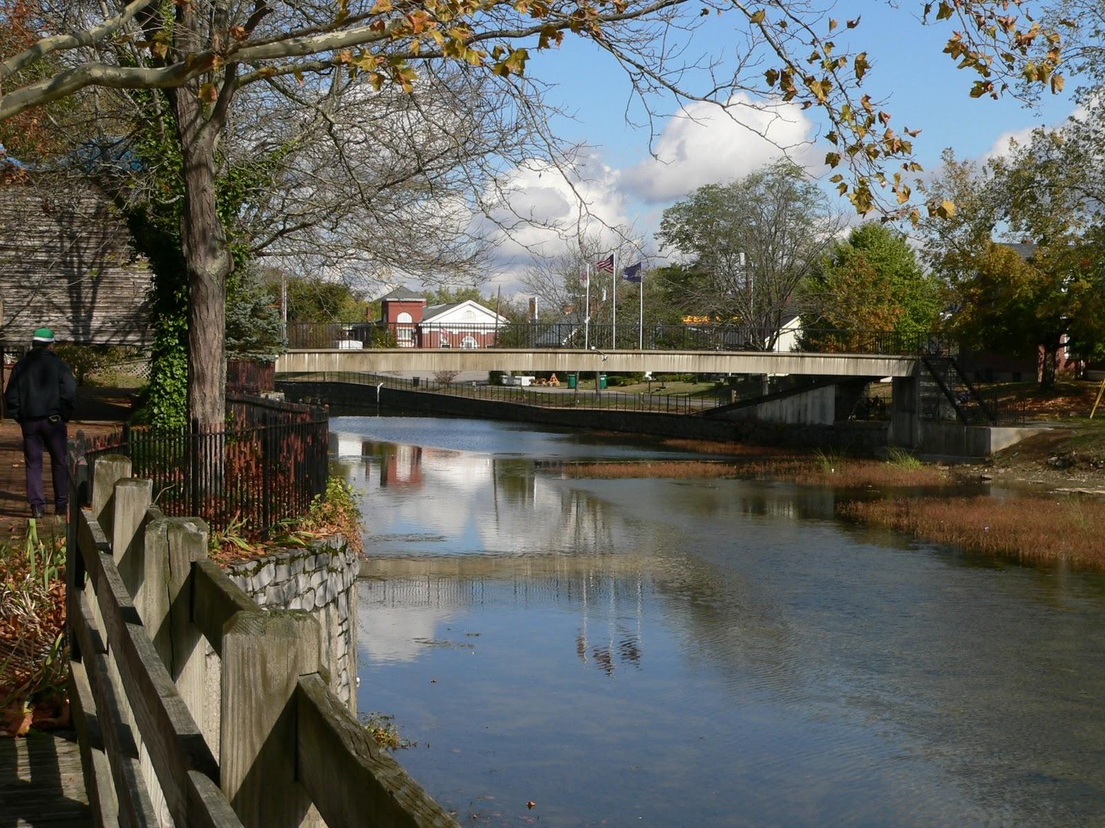 http://1.bp.blogspot.com/_L78zEKWCMII/TTDmUHuwazI/AAAAAAAABWQ/f3oGqR7zMdo/s1600/Where+is+Teemo+-+River+Scene.JPG