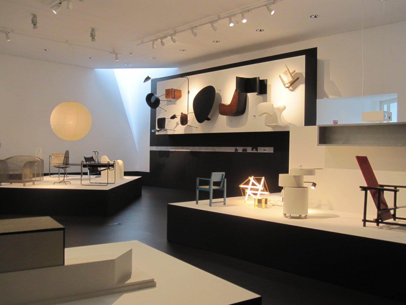 plane train car foot vitra design museum. Black Bedroom Furniture Sets. Home Design Ideas