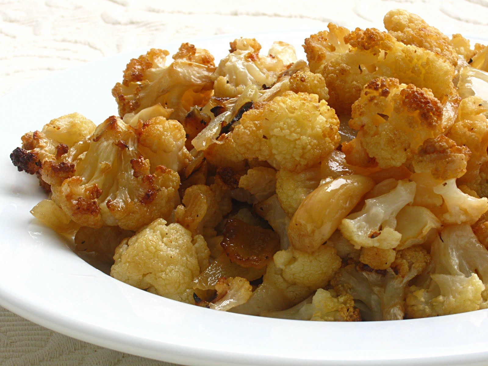 ... Saturday Blog Showcase #13 - Oven Roasted Cauliflower, Onions & Garlic
