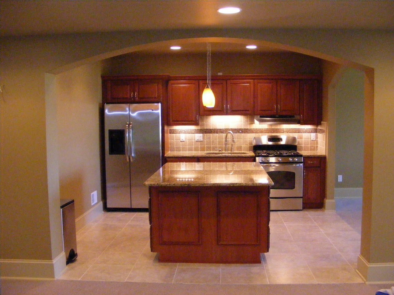 Basement kitchen design small basement kitchen layout for Small basement kitchen