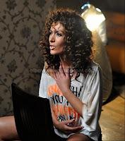 Nora Istrefi 'Dy shoke' by Entermedia