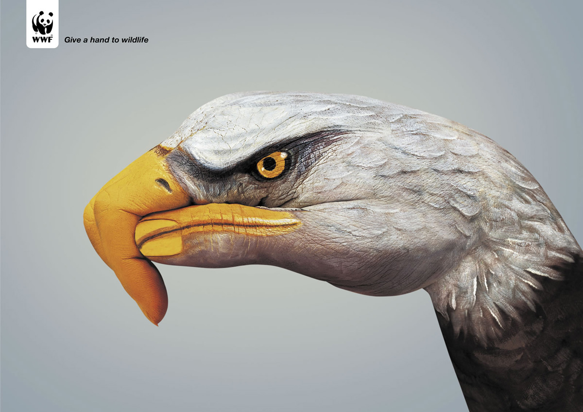 All graphical realistic hand paintings guido daniele for Hand painted portraits from photos
