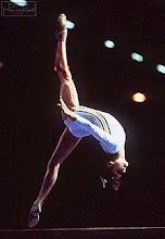 La gloria no consiste en no caer nunca sino en levantarte cada vez que te caes.