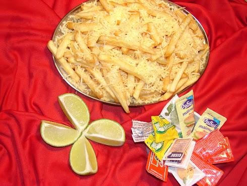 Porção de fritas com Queijo